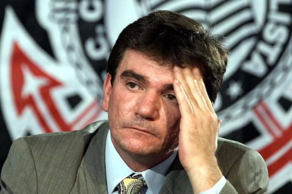 Andrés Sanches, ex-presidente do Corinthians quer instituir o Dia do Corinthians em todo o país