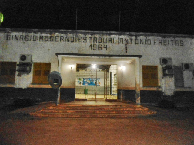 Escola Antonio Freitas, atualmente sendo reformada