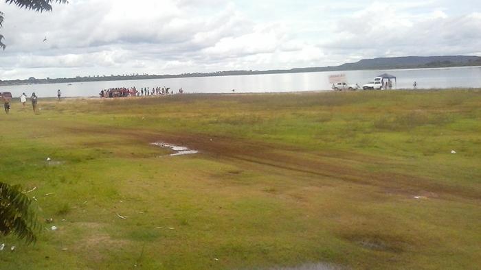 Piranhas voltam a atacar banhistas na Barragem do Bezerro
