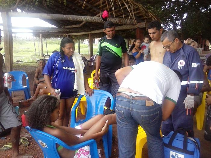 Unidade do SAMU foi acionada e logo compareceu ao local para prestar socorro às vítimas