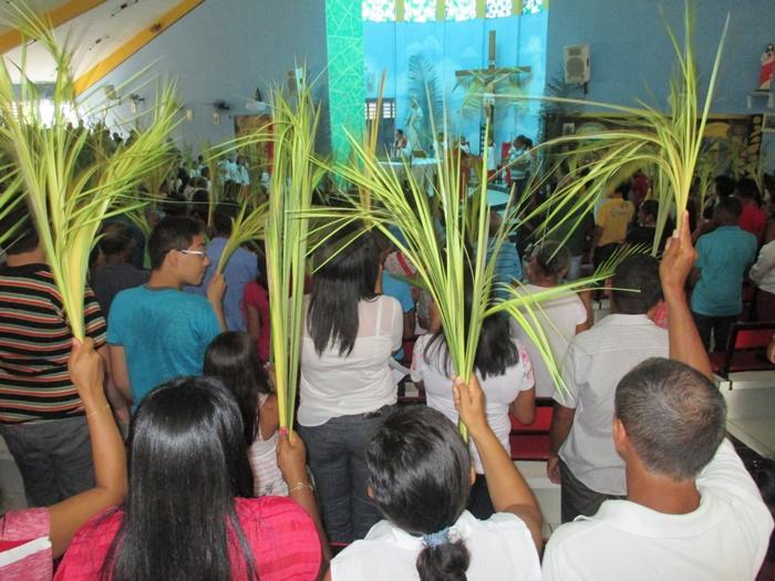 Missa de Ramos na Igreja de N. S. do Rosário