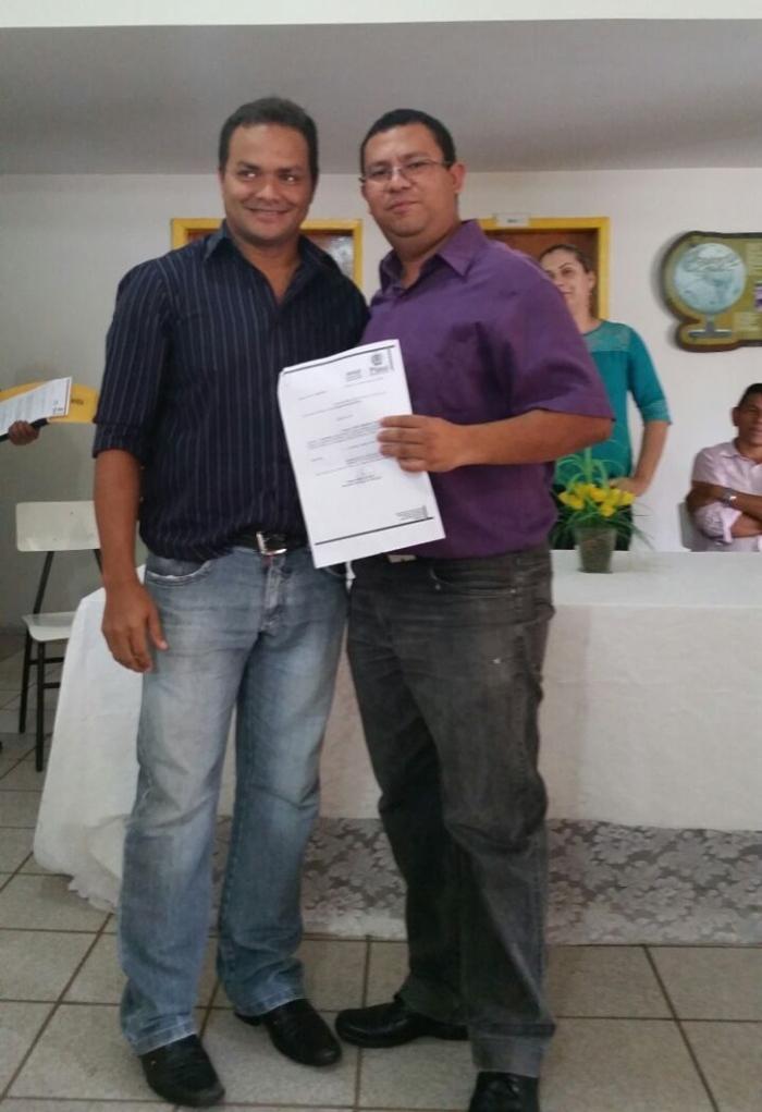 Professor Junior, diretor da Escola Agrotécnica, com o vereador Pedro Gomes
