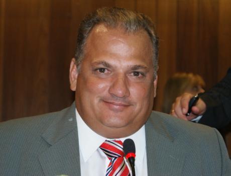 Mauro Tapety é um dos favoritos à vaga