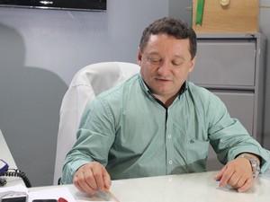 Diretor do HUT (Foto: G1)