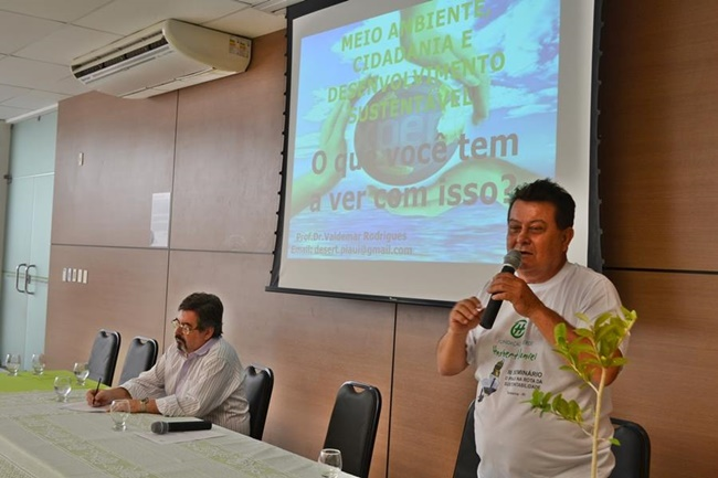 Valdemar Rodrigues falando sobre sustentabilidade e desenvolvimento