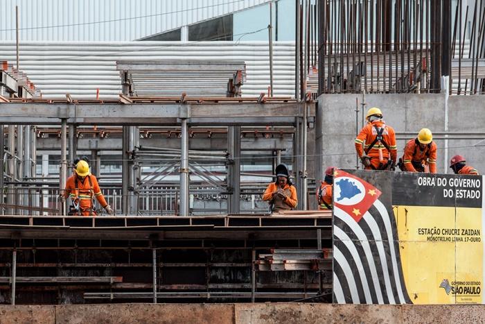 Estados atrasaram obras como o Monotrilho em SP (foto: Marcelo Brandt)