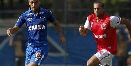 Piauiense, que já jogou em José de Freitas, concorre ao gol mais bonito do Campeonato Brasiliense