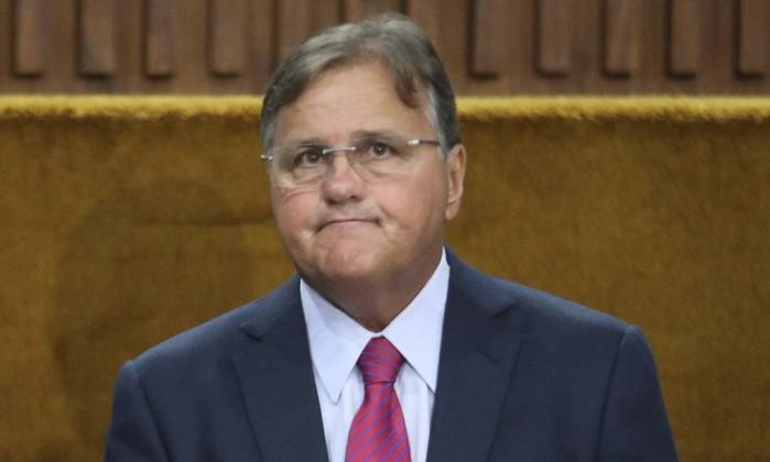 Geddel: homem da mala de 50 milhões, é acusado de desvios desde 1983