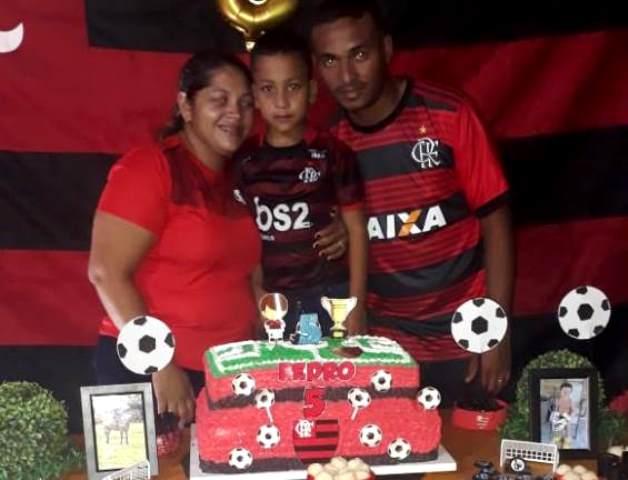 Aniversário de Pedro Henrique é comemorado em alto estilo ao lado de familiares e amigos