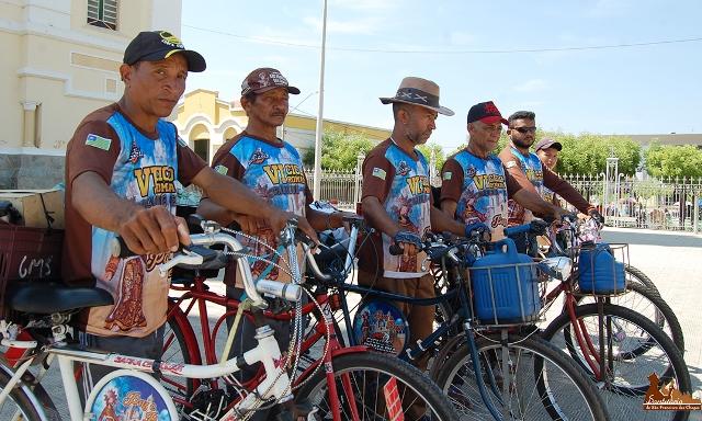 Ciclistas mantém a tradição e realizam a VII Ciclo Romaria de José de Freitas para Canindé-CE