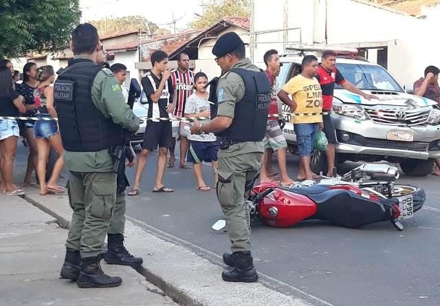 TRAGÉDIA: Jovem recém chegado de São Paulo morre após bater em muro no centro de José de Freitas